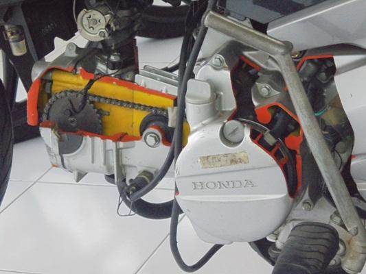 DSC00526-HND2